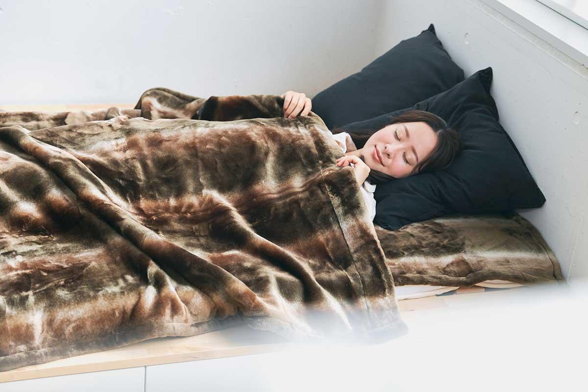 発熱繊維で暖か!温度が2℃アップ。暖かさはもう当たり前、軽さとなめらかさも実現した「毛布」|CALDONIDO NOTTEⅡ(カルドニード ノッテ)