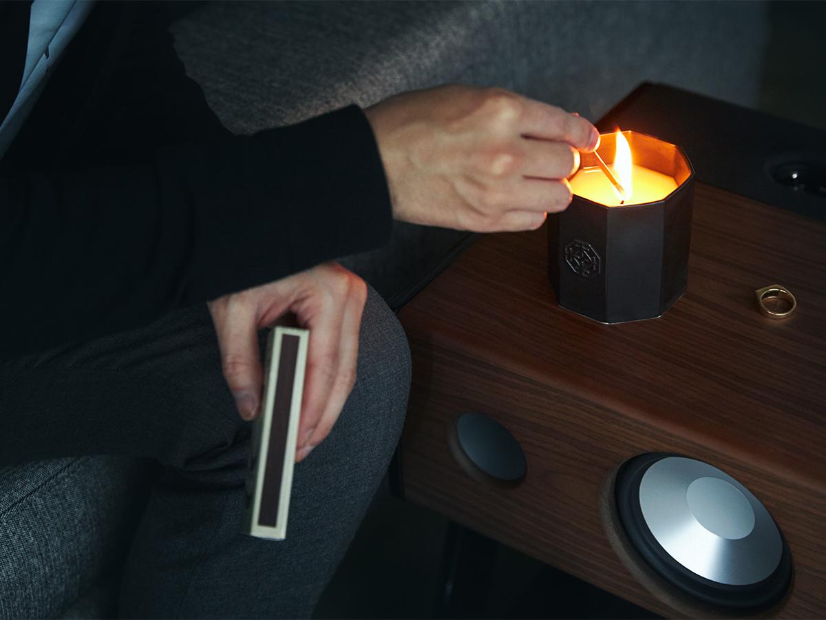 その場の質も高めてくれるような心地よさ。穏やかな炎と心地いいヒノキの香りで、ゆったり癒しの時間を-センティッドキャンドル-KITOWA(キトワ)