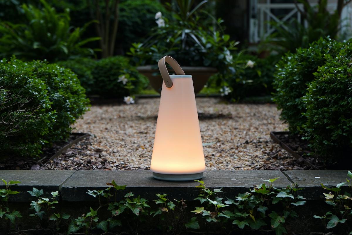 インドアでもアウトドアでも使える耐久性、音質、重厚感。「音」と「光」の調和するワイヤレスHi-Fiスピーカー|Pablo UMA MINI