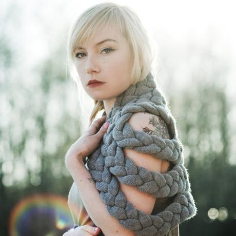 celapiu|Grey  Braided Shrug | グレー - 編み目のドレープが個性的なシュラグ|