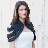 celapiu|Charcoal  Braided Shrug  | チャコール - 編み目のドレープが個性的なシュラグ|