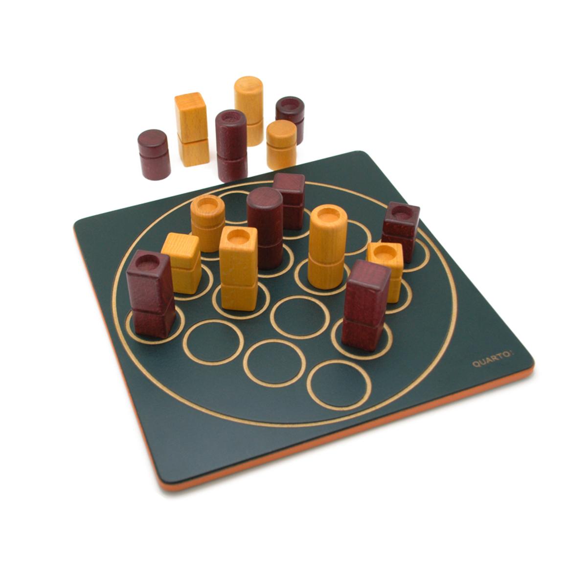 GIGAMIC|世界最多の賞に輝くボードゲームの王様 QUARTO!(クアルト!)