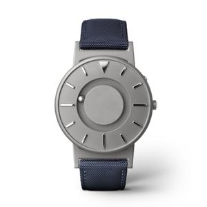 《CLASSIC CANVAS》汗や水に強いキャンバス素材のバンド、触って時間を知る時計| EONE