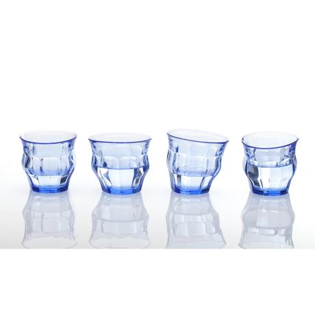 「発想の転換」を大切にするグラス 「発想の転換」を大切にするグラス   TIPSY GLASS 225ml 2個セット BLUE(在庫限り)