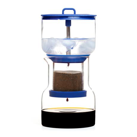 いつでも自宅で、喫茶店の美味しいアイス珈琲|「京都式」とも呼ばれるスロードリップ式 - 喫茶店の美味しいアイス珈琲をいつもご自宅の冷蔵庫に | コールドブリューコーヒー BRUER(ブルーアー)|