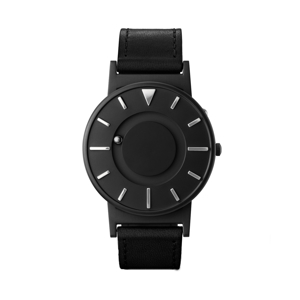 《BRADLEY×DEZEEN》世界中から注目されるデザインメディア『Dezeen』とのコラボモデル、触って時間を知る時計 | EONE