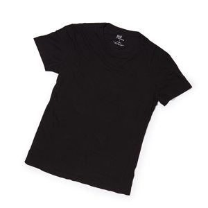 上質なTシャツを買えるようになった大人たちへ – 思わず頬ずりしたくなる肌触りのスーピマコットン・Tシャツ | クルーネックTシャツ / BLACK