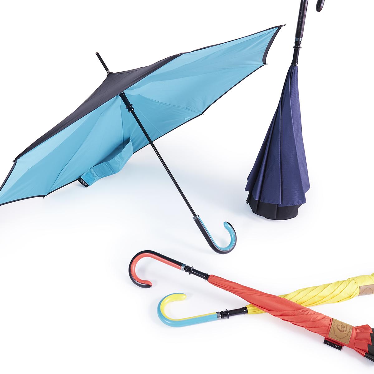 """""""逆さ""""に開く傘 《シティーモデル》雨の日でも自分も濡れない、周りの人も濡れない。""""逆さ""""に開く長傘 CARRY saKASA"""