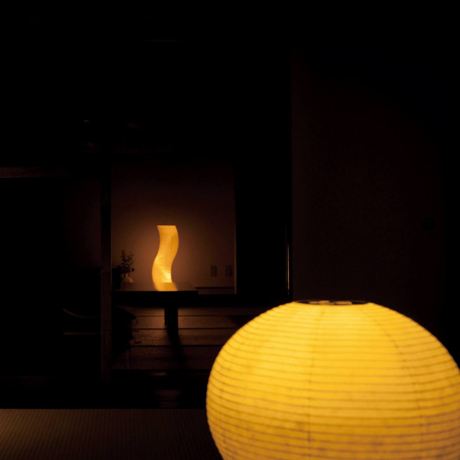 癒しの揺らぐ提灯式ランプ|SWING - リラックス空間を作る「提灯式」ランプ | まんげつ|