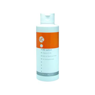 《イオン導入化粧水》多くの美肌効果を持つビタミンCで、毛穴とキメを整える|VCローション 150ml