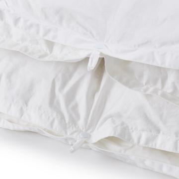 深い眠りを叶えてくれる「羽毛布団」|《羽毛布団/ワイドダブル》一年中使える2枚ペア構造、深い眠りを叶えてくれる高品質羽毛布団 | クラウズ / ポーランド産ホワイトグースダウン90%(MONOCO限定)