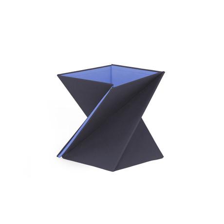 携帯できるスタンディングデスク|Sサイズ(〜 身長165cm)| PC仕事の姿勢が変わる、折りたたみ式スタンディングデスク「LEVIT8」|