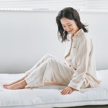 """「朝から元気!」をくれる腰痛対策マットレス 《ダブル》""""硬柔2層構造""""が、体のカーブを正しくキープしてくれる「折りたたみマットレス」 ドウヤメソッド"""
