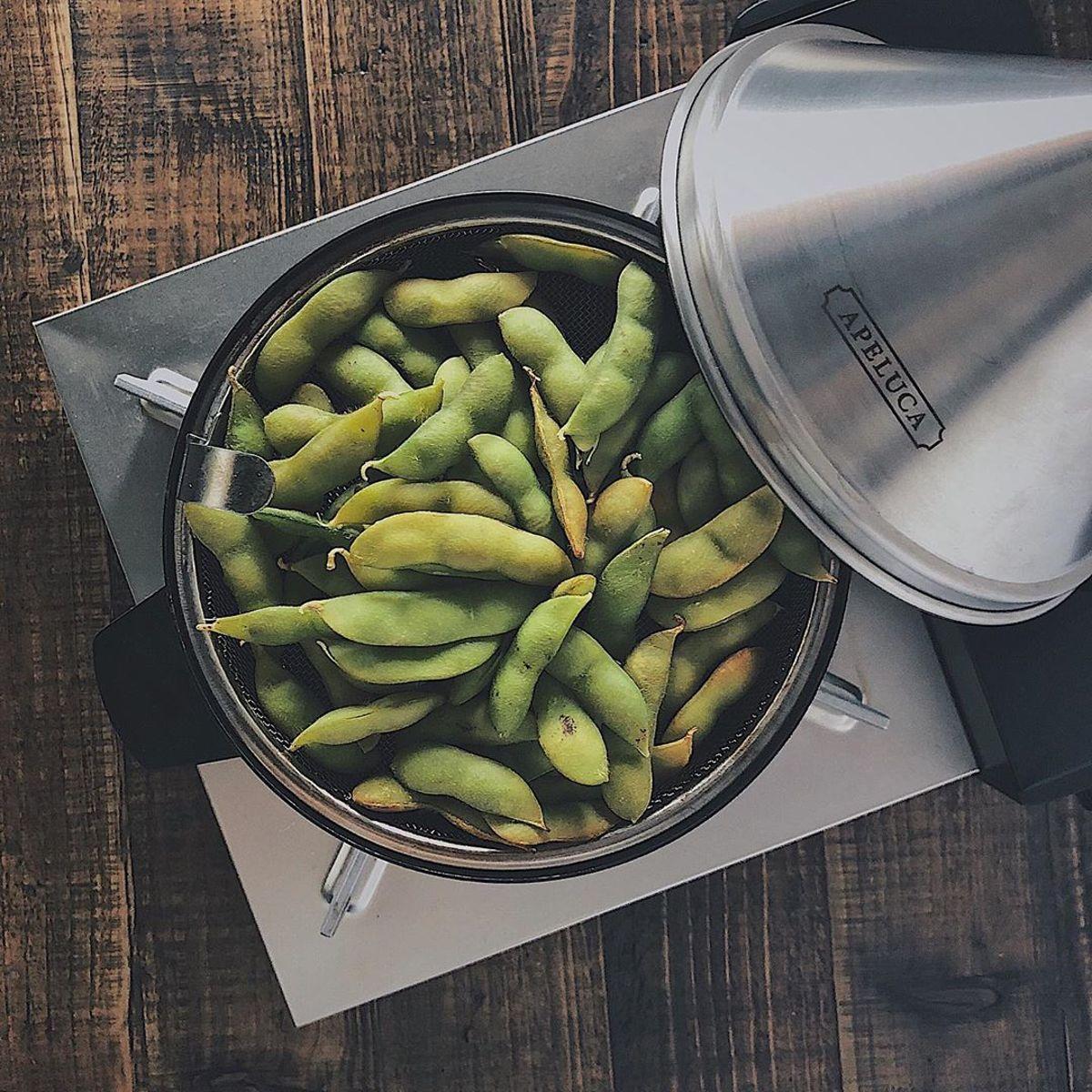 いつでもどこでも燻製三昧|最短10分で美味しい燻製が完成、コンパクトなのに本格的な燻製機|APELUCA