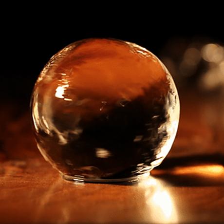 透明な丸い氷で、自宅がBARラウンジに Polar Ice専用チューブ BARで出てくるような透明な丸氷を、最大4個まで保管