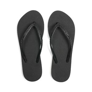 CORE (WOMEN) Lava Rock | 足も心も気持ちいい、ハワイ生まれのビーチサンダル