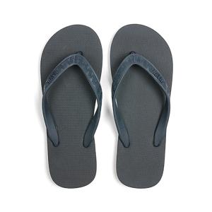 TONAL (MEN) Charcoal | 足も心も気持ちいい、ハワイ生まれのビーチサンダル