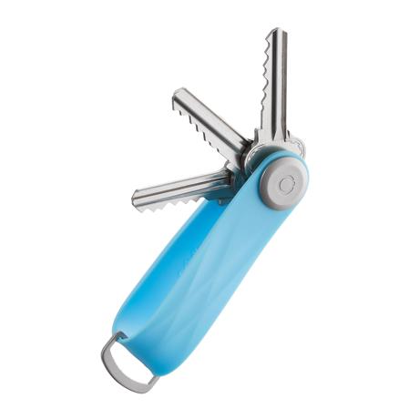『鍵収納』をデザインする|《アクティブ》もうドア前で迷わない。「鍵収納」を追求したスリムなキーケース|Orbitkey|Sky Blue(在庫限り)