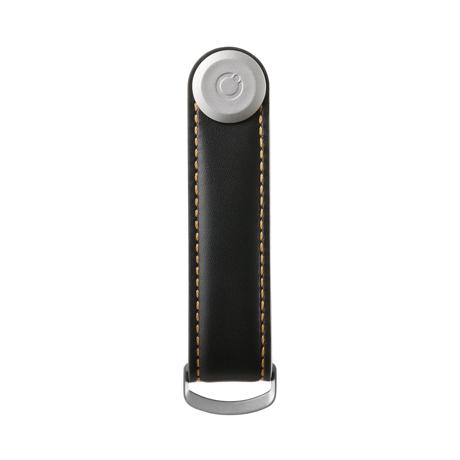 『鍵収納』をデザインする|《オール本革》もうドア前で迷わない。「鍵収納」を追求したスリムなキーケース|Orbitkey|Black / Tan