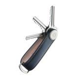 『鍵収納』をデザインする|《オール本革》もうドア前で迷わない。「鍵収納」を追求したスリムなキーケース|Orbitkey|Navy / Tan