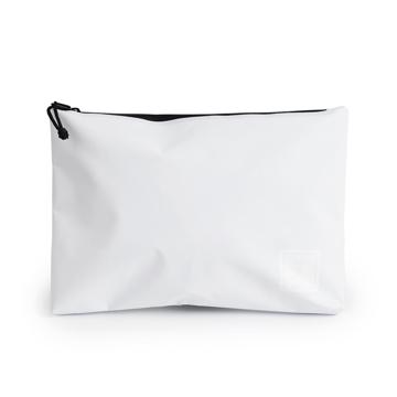 西海岸生まれの「都会派バッグ」|《クラッチバッグ》ウェットスーツの発明者が作った、防水・デザイン両立の「都会派バッグ」| BODY GLOVE|WHITE(在庫限り)