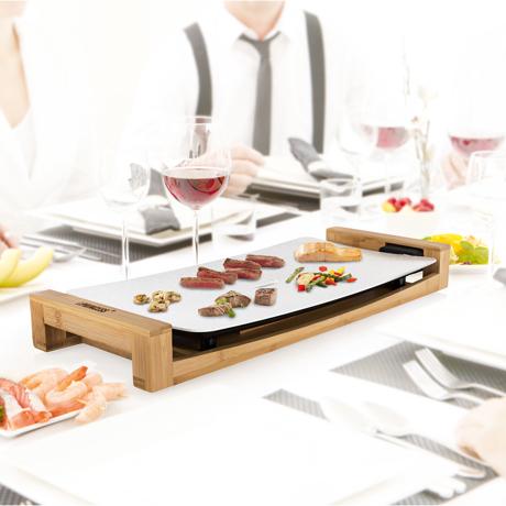 """""""美しい食器""""のようなホットプレート 《3〜4人用》遠赤外線効果で、切っただけの食材がご馳走に。調理過程も""""まるごと""""楽しめるホットプレート   Table Grill Stone / White"""