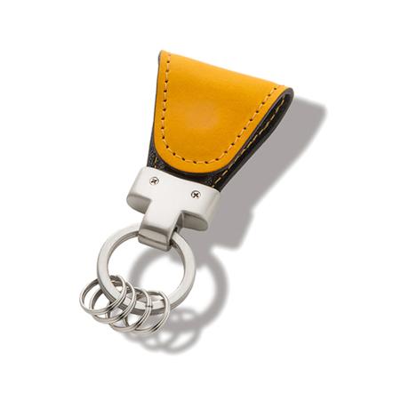 いつも「鍵」はそこにある|《イタリアンレザー》もう迷子にならない、「鍵」の定位置が見つかるマグネット付きキーホルダー|yellow