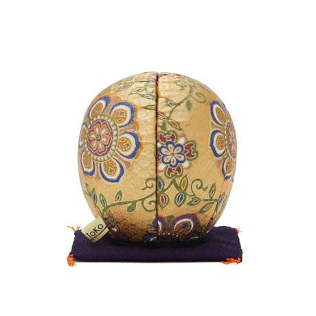 福よこいこい『招福だるま』 《友禅・2色》伝統の木目込み技術とモダンデザインが出逢った願掛けだるま 金