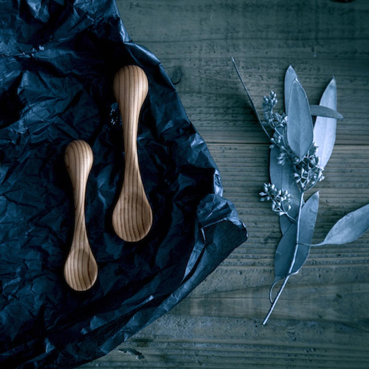 """ゾウさんが教えてくれる「箸の持ち方」 0~2歳向け・食べるたびに自然と「箸の持ち方」を練習できる""""ゾウさん""""の木製スプーン Elephant Spoon For Baby"""