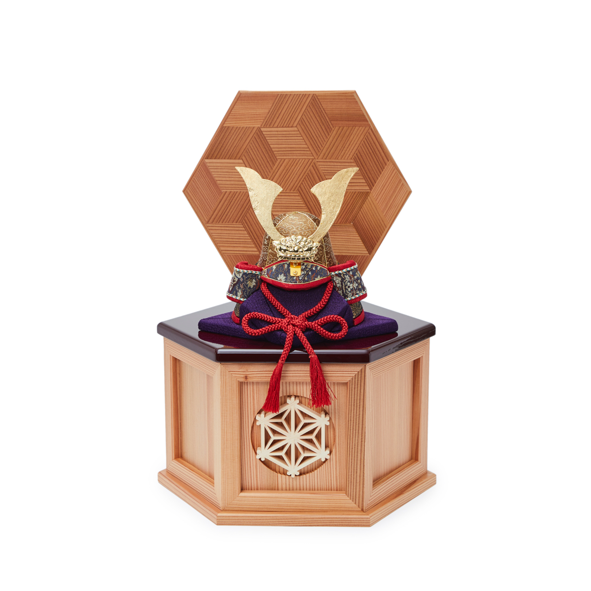 毎年の幸せを願う「五月人形」|《鹿沼組子モデル・小》6つの日本伝統工芸をコンパクトにした、木目込みプレミアム五月人形(兜飾り) | 宝輝