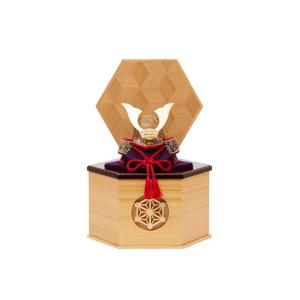 《六角形・小》6つの日本伝統工芸をコンパクトにした、木目込みプレミアム五月人形(兜飾り) | 宝輝