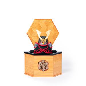 MONOCO限定《六角形/小》5つの日本伝統工芸をコンパクトにした、木目込の「プレミアム兜飾り」※第二期受注分 | 宝輝