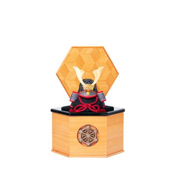 毎年のしあわせを願う「リビング五月人形」|MONOCO限定《六角形/小》6つの日本伝統工芸をコンパクトモダンにした、江戸木目込の「プレミアム兜飾り」※第一期受注分|柿沼人形|宝輝