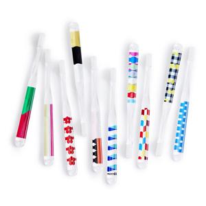《大人用》歯磨きで疲れた脳をリフレッシュ、歯科医が設計した歯ブラシ|MOYÖ