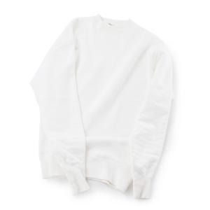 《WHITE/両Vガゼットスリーブ》腕元をすっきりと見せる独自のディテール、スポルディング社の名作から再構築された裏起毛スウェット|A.G. Spalding & Bros