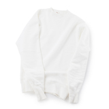 100年前のスウェット、復刻|《WHITE/トレーニングシャツ》腕元をすっきりと見せる独自のディテール、スポルディング社の名作から再構築されたスウェット|A.G. Spalding & Bros|L