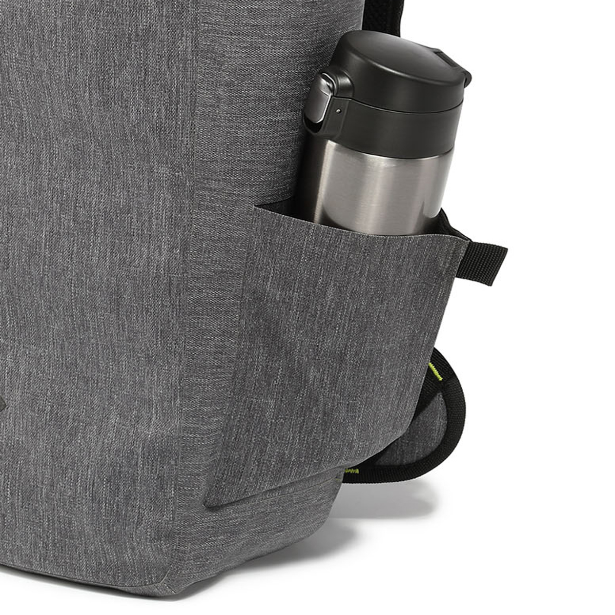 サーファーが開発した「防水バックパック Code 10」|《DAYPACK》全面に衝撃吸収パッドを内蔵。防水構造・ハイテク収納を搭載したシティバックパック| Code 10