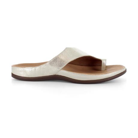 スニーカー感覚で歩き回れる「サンダル」|CAPRIレザーインソール (23-23.5cm) 独自開発の立体インソールで、スニーカーみたいに歩き回れる「サンダル」|strive|Pale Gold Metallic