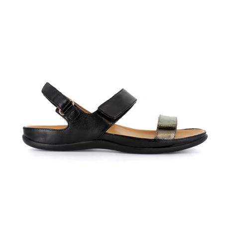 スニーカー感覚で歩き回れる「サンダル」|KONA (23-23.5cm) 独自開発の立体インソールで、スニーカーみたいに歩き回れる「サンダル」|strive|Black/Antracite