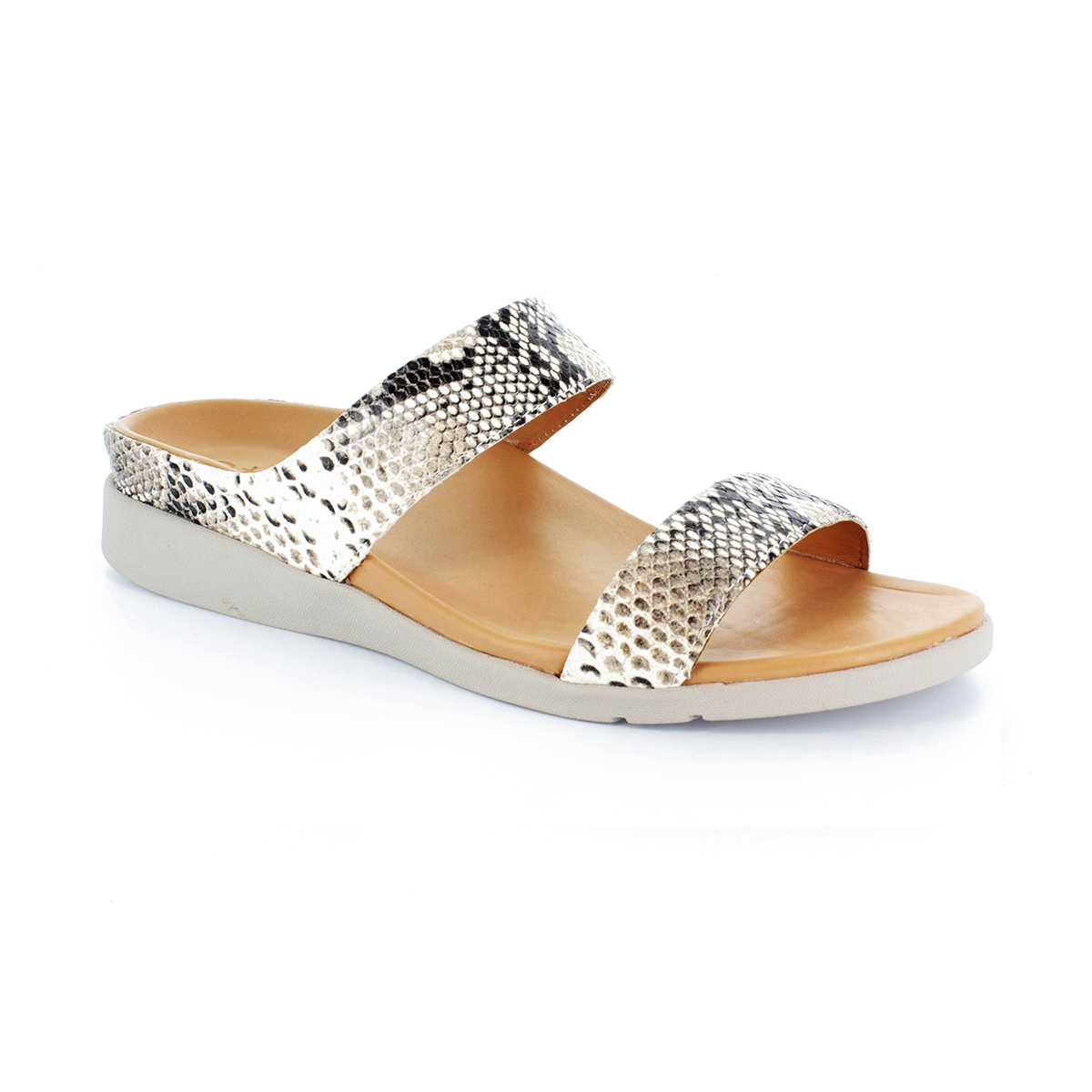 スニーカー感覚で歩き回れる「サンダル」|FARO (23-23.5cm) 独自開発の立体インソールで、スニーカーみたいに歩き回れる「サンダル」|strive