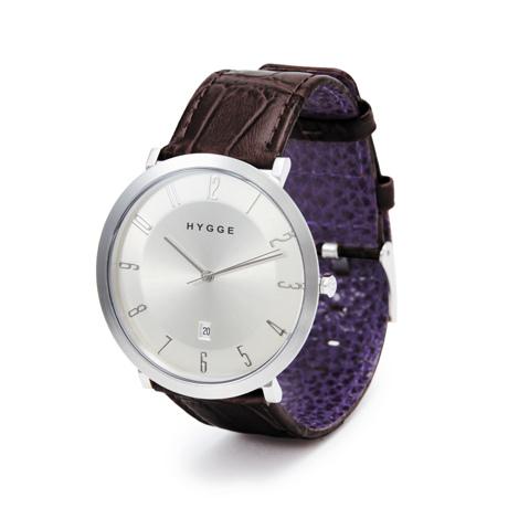 """自由を生み出す『薄さ2.33ミリ』のムーブメント 肌に触れる面積が1/3、""""薄い・軽い"""" 装着感の腕時計《LEATHER BAND》   HYGGE Dark Brown×Purple"""