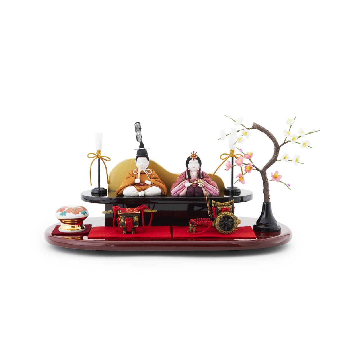 『毎年の幸せ』が御嬢様と家族に訪れる|《二段飾り》2019年・改元を記念した、木目込みプレミアムコンパクト雛人形 | 風雅