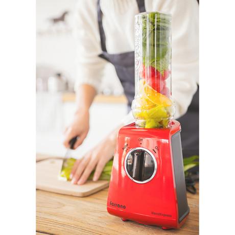 朝が変わる!なめらか「野菜の生スムージー」|皮つき野菜も氷も入れてOK、パワフルな小型ブレンダー|ferrano|フェラーノレッド(在庫限り)