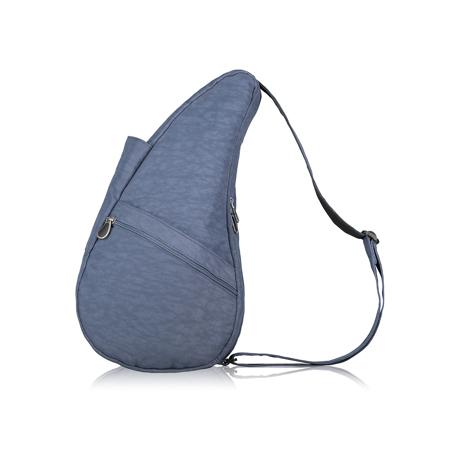 お出かけが増える「ボディバッグ」|2019年新色《Sサイズ》人間工学による「しずく型」で、荷物も体も軽くなるボディバッグ|Healthy Back Bag| ヴィンテージインディゴ