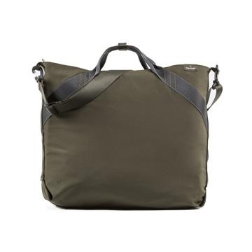 岩への挑戦から生まれた『街バッグ』|《ロープトート/18L》超軽量、動きを邪魔しない、荷重を分散、ミニマムデザインの「2WAYトートバッグ」 | Topologie|GREEN(完売)