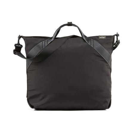 岩への挑戦から生まれた『街バッグ』|《ロープトート/18L》超軽量、動きを邪魔しない、荷重を分散、ミニマムデザインの「2WAYトートバッグ」 | Topologie|BLACK(在庫限り)