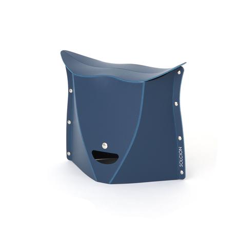 薄さ3センチの「どこでもイス」|《NEW PATATTO 250(高さ25cm)》使う場所を選ばない、どこにでも持ち歩けるイス|PATATTO|ネイビー