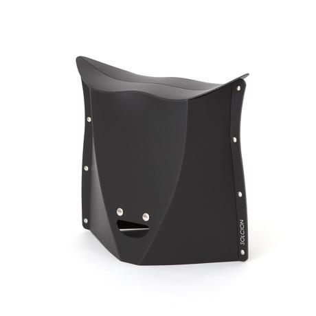 薄さ3センチの「どこでもイス」|《NEW PATATTO 320(高さ32cm)》使う場所を選ばない、どこにでも持ち歩けるイス|PATATTO|ブラック