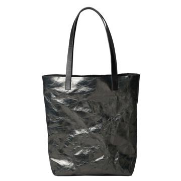 《メタリック・ジンク》革のような質感で、使い込むほど魅力が増す!耐水&耐久性のある「紙のバッグ」|PAPIER LANGACKERHÄUSL