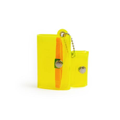 大人のための『遊びウォレット』|《クリアカラー》これひとつで、ジム・旅行・アウトドアへ!ミニマム構造がかなえる、軽量&収納力の「ミニ財布」|SALLIES|クリアイエロー